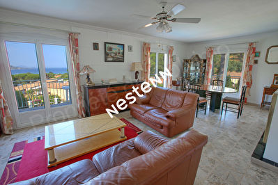 Villa Sainte Maxime 5 pieces 135 m2