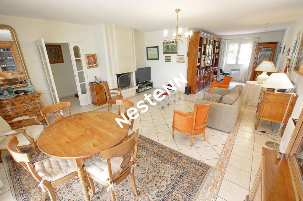 Maison 200 m² - 8 pièces, 5 chambres