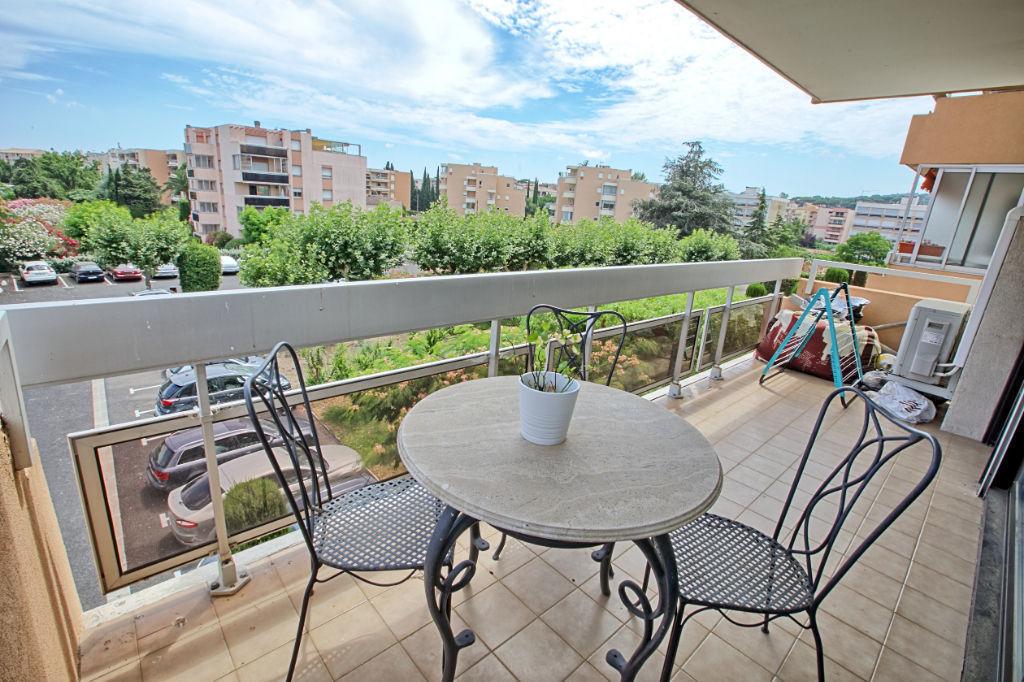 photos n°1 Appartement Sainte Maxime 3 pièce(s) 74 m2