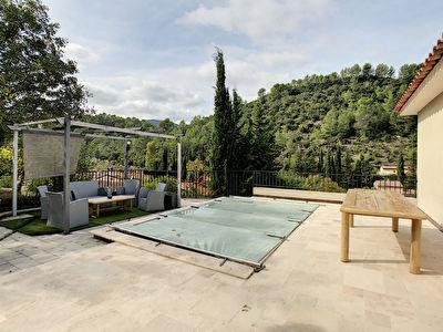 Villa recente Sollies-Toucas 5 pieces -128m2 - Sous sol 170m2 - Pisicine - Vue degagee