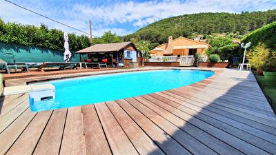 Maison individuelle Sollies Toucas 7 pieces 156 m2 - Calme - Double habitation - Lumineux - Piscine