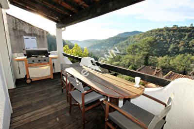 Appartement Belgentier 4 pieces 75 m2 - Terrasses - Calme - Vue dominante - Garage - Securise