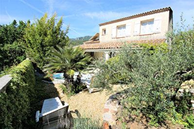 Maison Belgentier 5 pieces 124.80 m2 - Terrain 400 M2 - Calme - Beaux espaces - Terrasses - Cave - Garage
