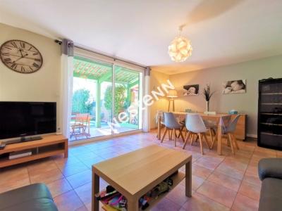 Belgentier - 88 m2 - 3 chambres - garage - piscine - calme - proche ecoles et centre-ville