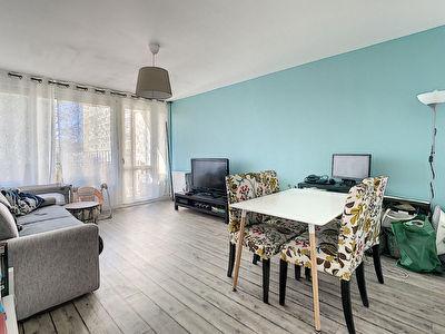 Appartement Villeneuve Saint Georges 2 pieces 57 m2