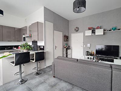 Appartement Limeil Brevannes 1 piece 30.30 m2