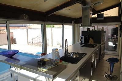Maison Plan De Cuques 6 pieces 170 m2