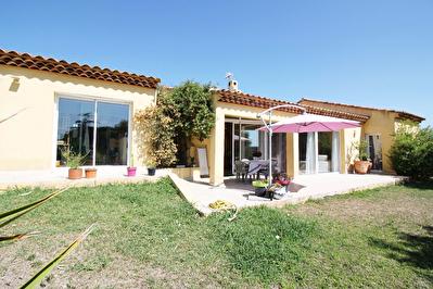 Villa Plan De Cuques  5 pieces 130 m2 sur 919 m2 de terrain