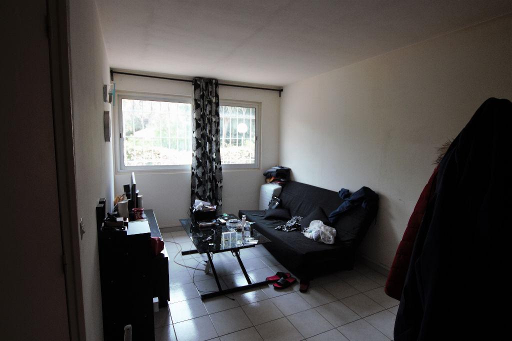 photos n°1 Appartement Type 2 avec garage
