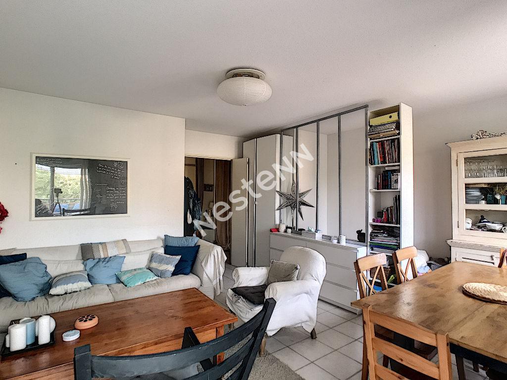 photos n°1 Appartement duplex Plan De Cuques 4 pièce(s) 85 m2