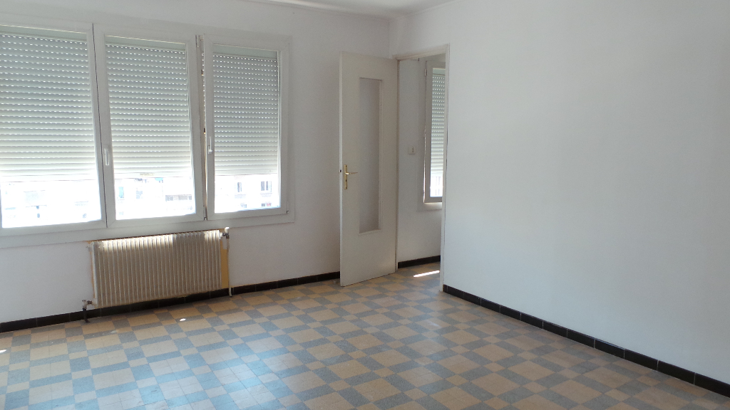 photos n°1 Appartement Marseille 4 pièce(s) 69 m2