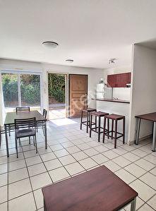 Appartement Plan De Cuques 3 pieces 66 m2