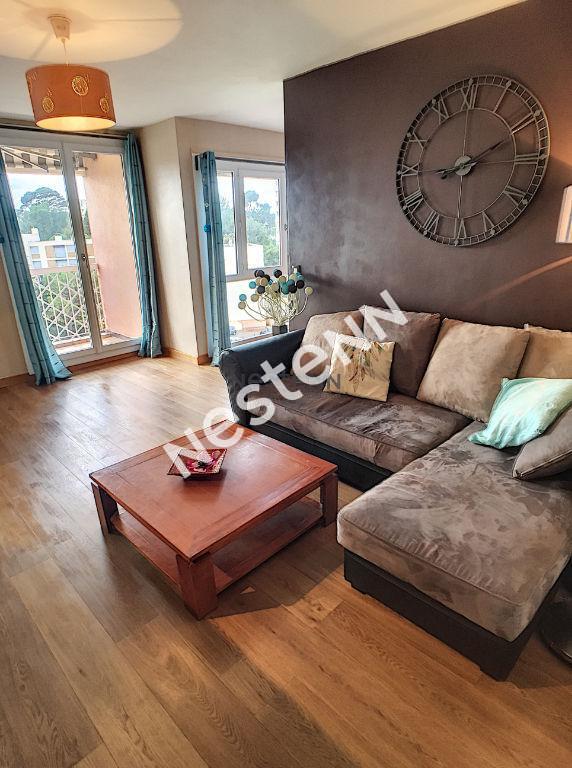 photos n°1 Appartement T5 à Saint Julien - Marseille 13012