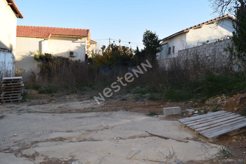 photos n°1 Terrain constructible de 276m² à Plan de cuques