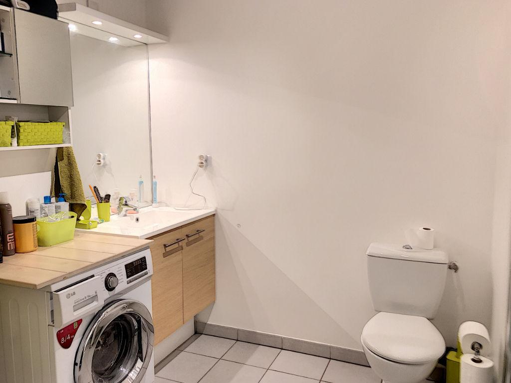 Appartement 2 pièce(s) 42 m2 aux Camoins 13011