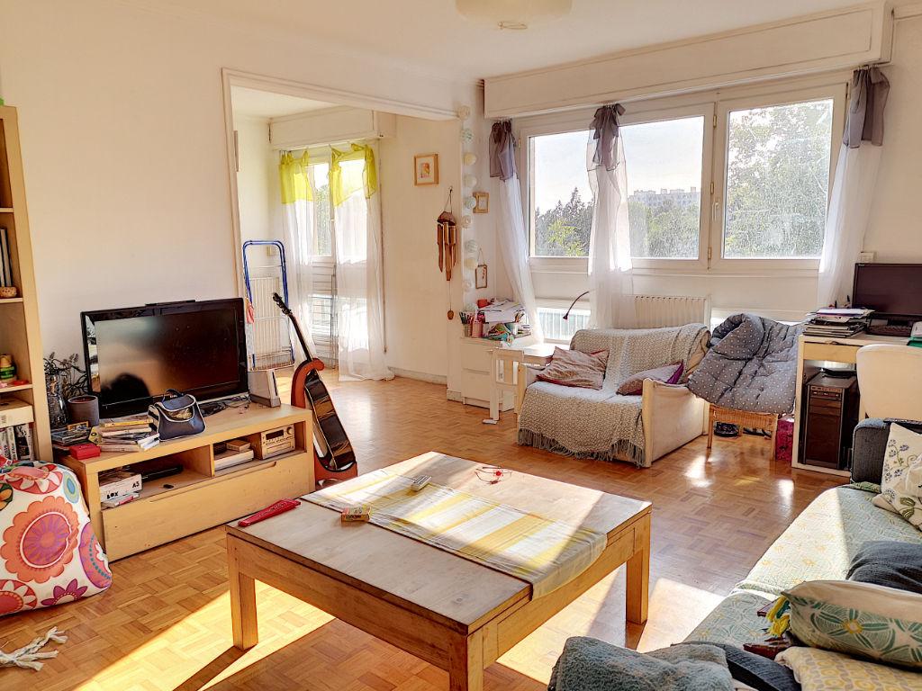 photos n°1 Appartement Marseille 4 pièce(s) 82 m2