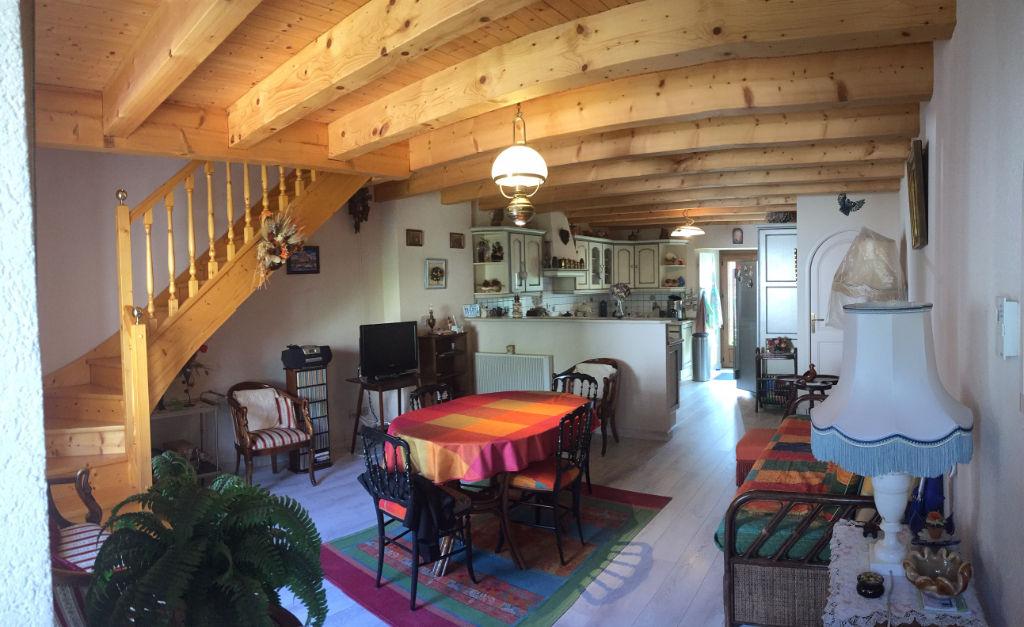 BONNE - Hameau HAUTE BONNE Maison de village rénovée