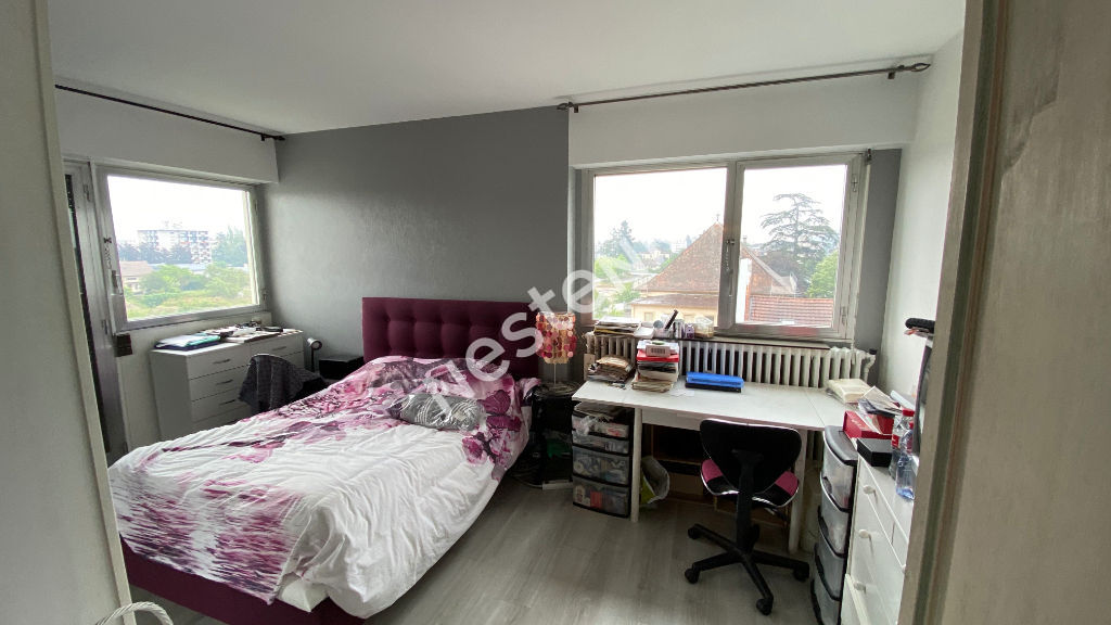 AMBILLY  Attique 130 m²