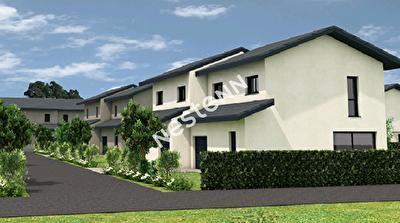 CLUSES - Maison de 130 m2 sur terrain 300m2