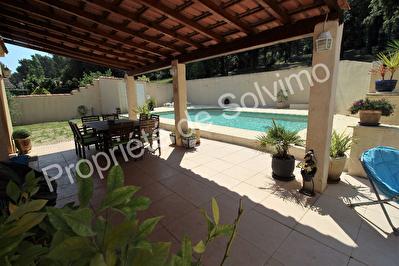 Maison Carnoux En Provence 5 pieces 140 m2