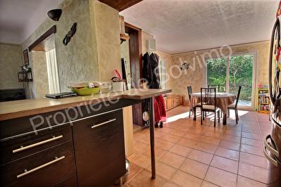 Villa Carnoux En Provence 3 pieces 70 m2