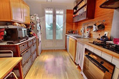 Appartement La Penne Sur Huveaune 4 pieces 64 m2