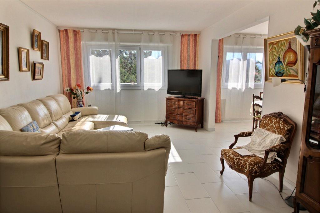 photos n°1 Appartement Aubagne T4/5 de 98 m²