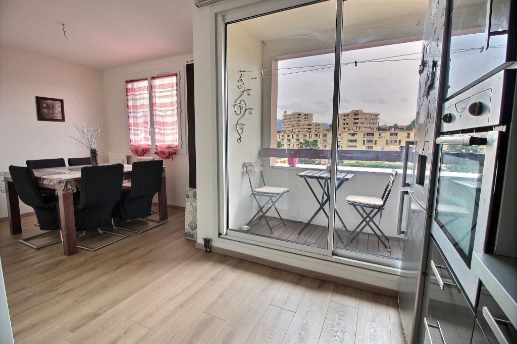 Appartement Aubagne 4 pièces 71m² avec ascenseur