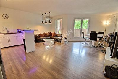 Appartement Carnoux En Provence 4 pieces 85.66 m2