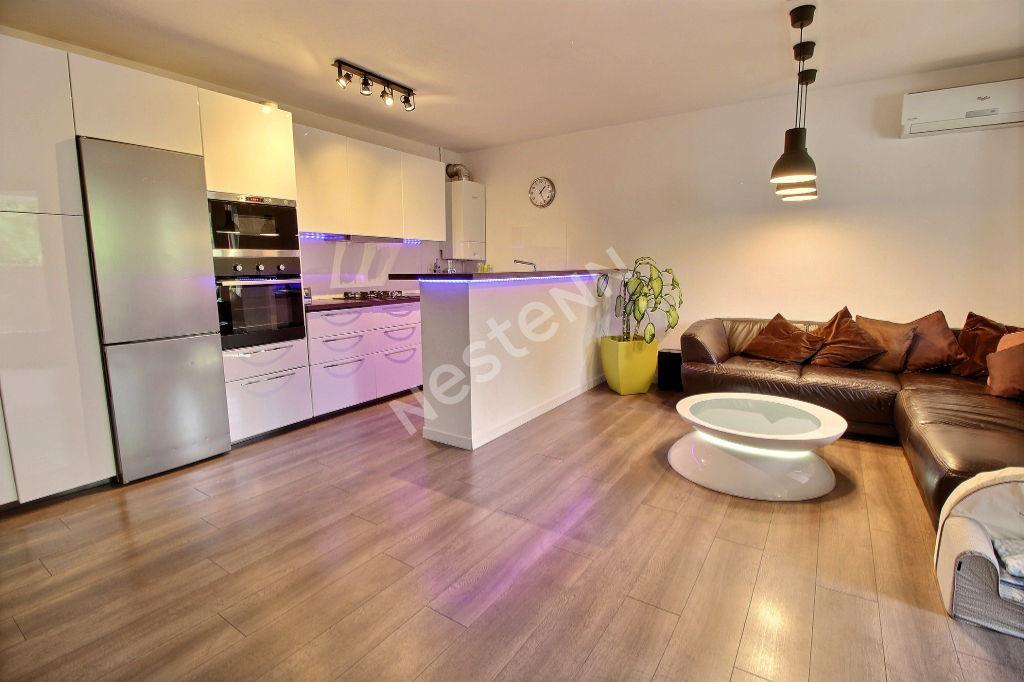 Appartement Carnoux En Provence 4 pièce(s) 85.66 m2