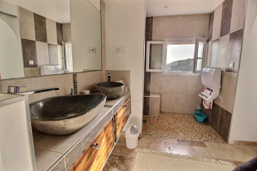 Maison Roquevaire 5 pièce(s) 140 m2 sur 1000M² de terrain. Proximité  Lascours