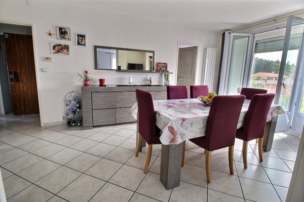 Appartement Aubagne 4 pièce(s) 74 m²