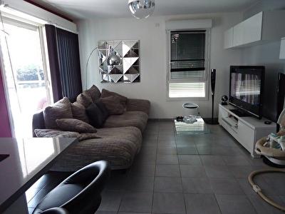 Appartement Entressen recent 3 pieces 68 m2 env