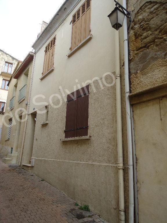 photos n°1 Immeuble Istres 53.06 m2