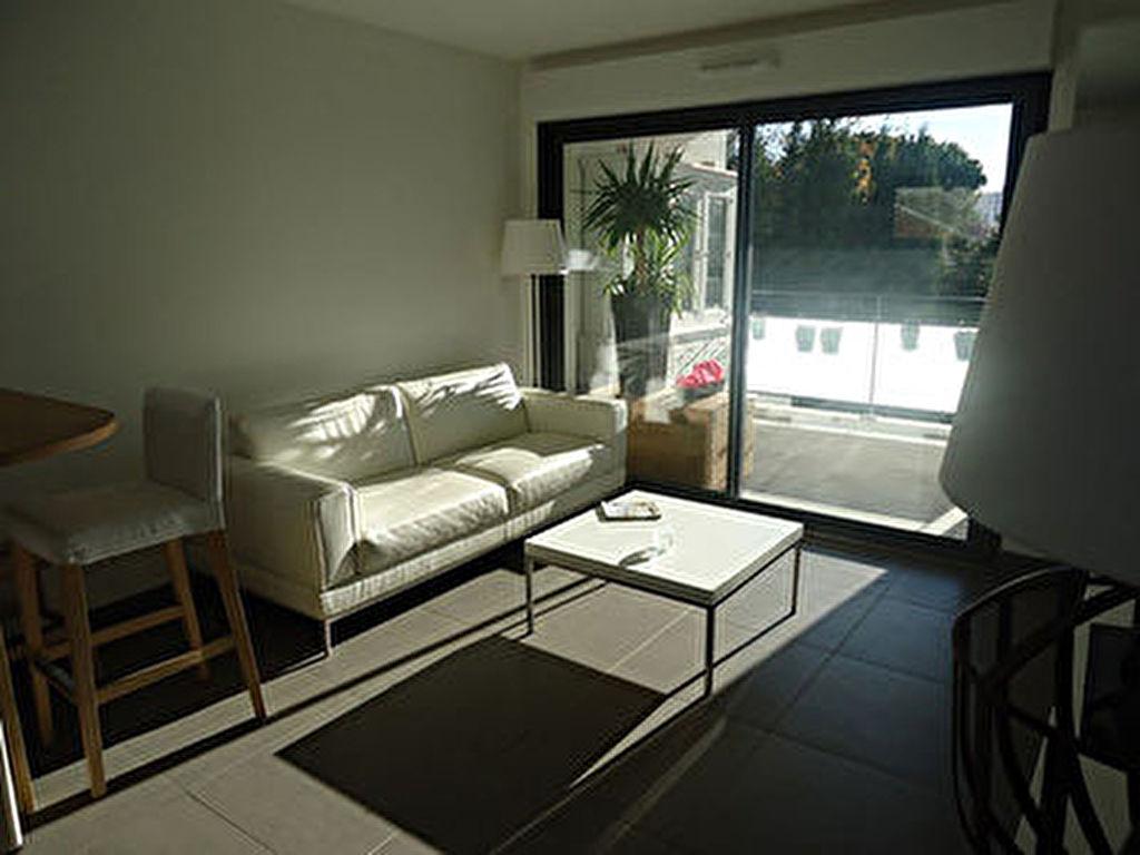 photos n°1 Appartement Istres 2 pièce(s) 40 m² dans résidence de standing