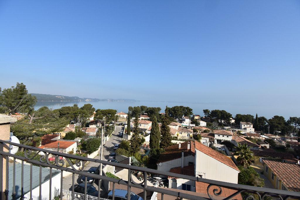 St-Mitre les Remparts, Massane, Maison 5 pièce(s), vue étang