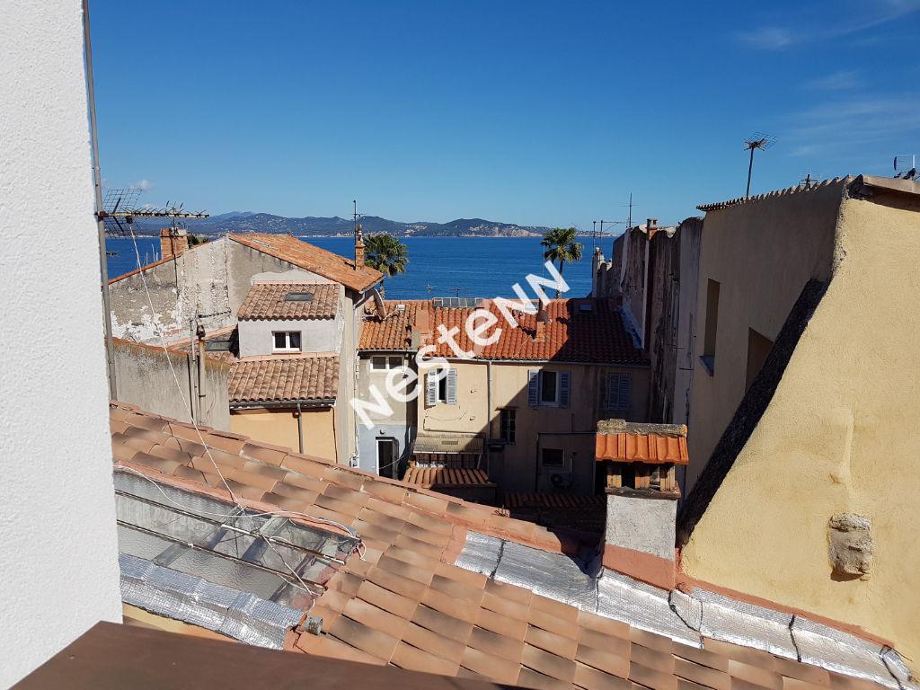 photos n°1 La Ciotat T3+ loft de 86 m²  avec une terrasse vue mer.