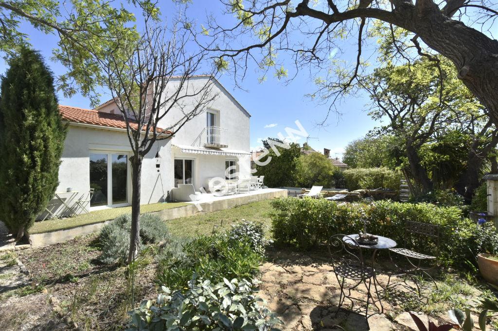 Maison T6 160 m² avec dépendance sur 1100 M² de terrain
