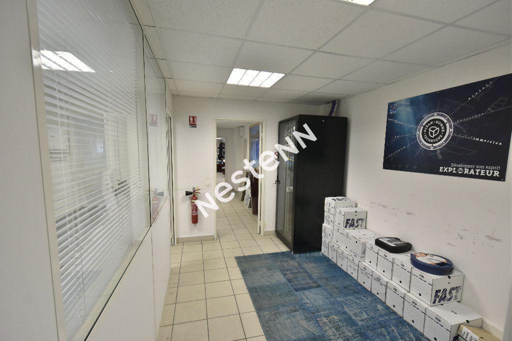 Local d'activité  libre La Ciotat 205 m2 plus extérieur