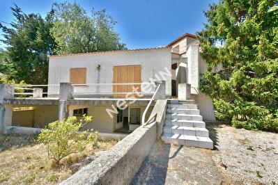 La Ciotat maison 6 pieces 130.50 m2 avec 570 m2 a renover entierement