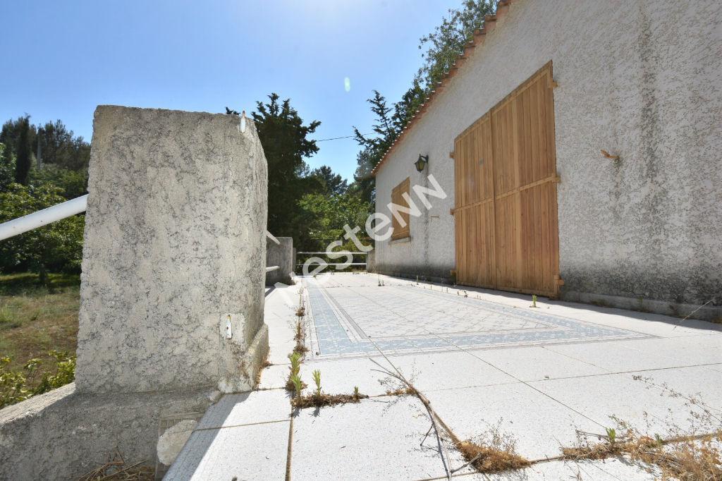 La Ciotat maison 3 pièces 83 m² avec 517 m² à rénover entièrement