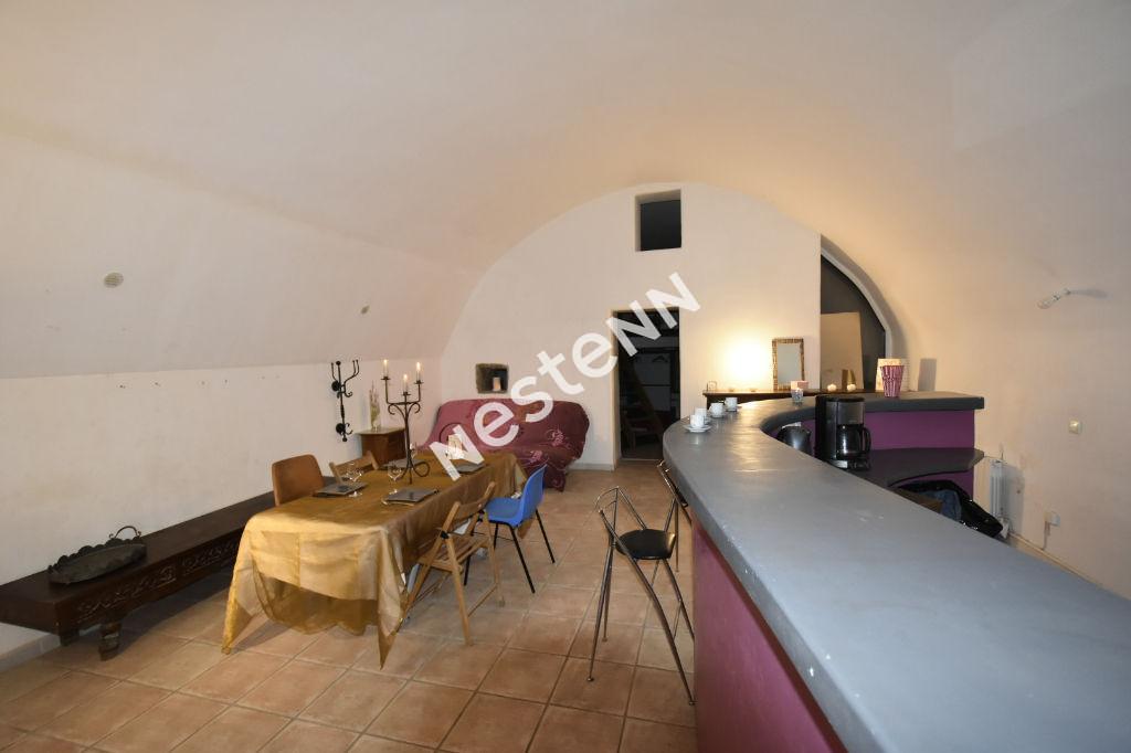 photos n°1 Appartement ou local commercial à La Ciotat de 81 m²