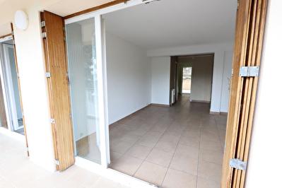 Appartement Cassis 3 pieces 58 m2 avec 2 belles terrasses