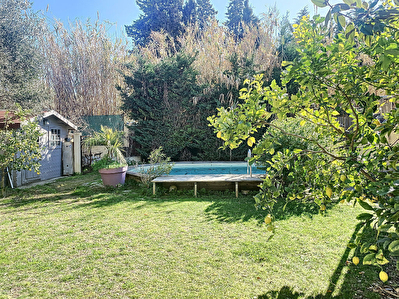 Maison T4  de plain-pied ( jardin et piscine) a  Saint Cyr Sur Mer