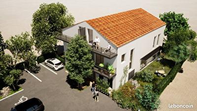 Appartement T4  de 93.67 avec terrasse plus jardin .Copropriete de 3Lots.