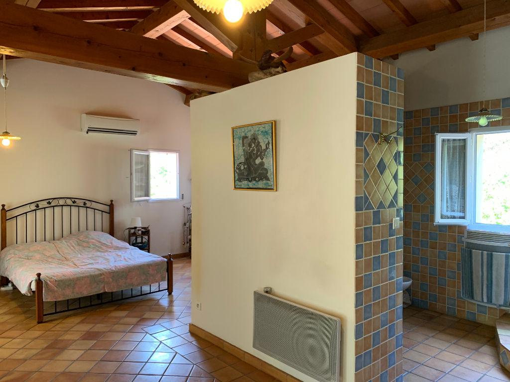 Maison Le Pradet 6 pièce(s) 216.70 m² - LE PRADET Entre La Garonne et Les Oursinières