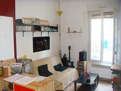 Appartement Bordeaux Bastide 2 pieces 2 mn tram.