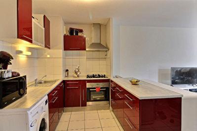 Appartement Eysines - 3 pieces  55 m2