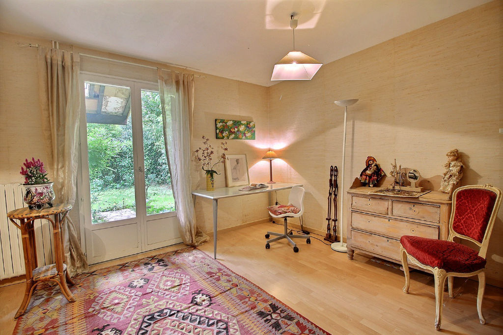 Maison Mérignac plain-pied  jardin 800m2 sans vis à vis 4 mins du tram A
