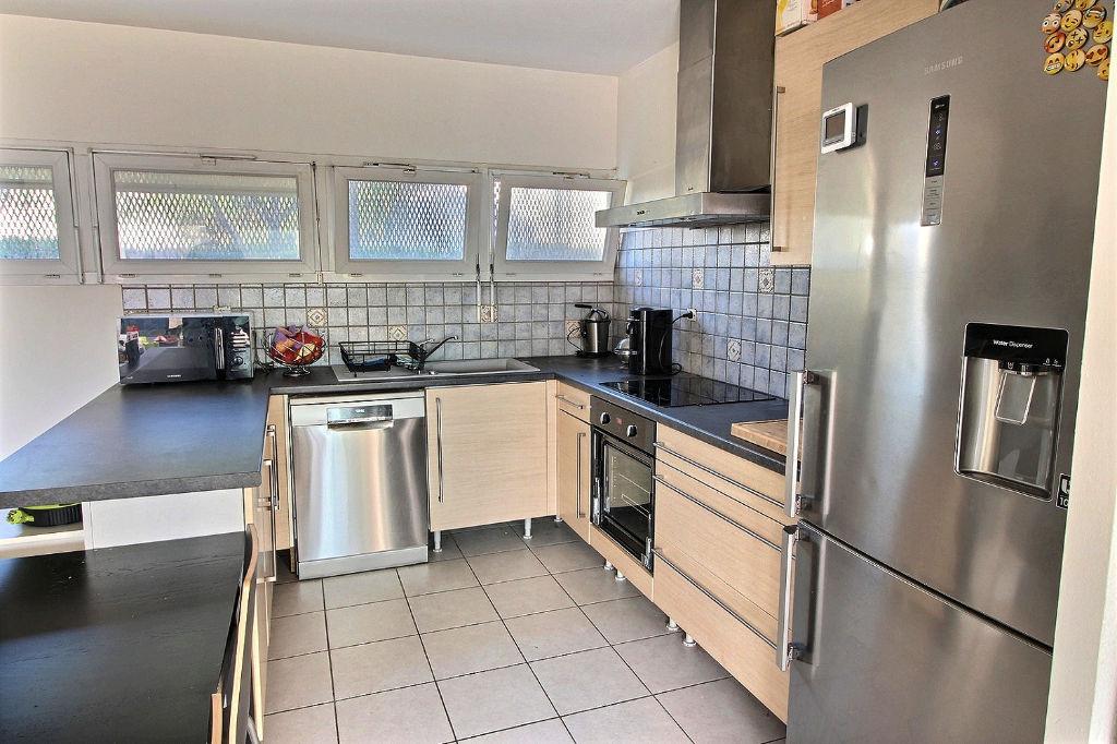 Maison à Vendre - 84 m² - 3 chambres - Mérignac